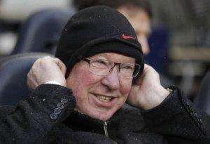 El entrenador del Manchester United, Alex Ferguson, se retirará al final de la temporada, anunció este miércoles 8 de mayo de 2013 su club de la liga inglesa. (AFP