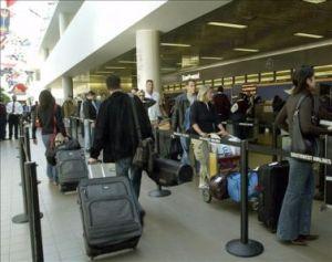 Estados Unidos emite alerta global por viajes