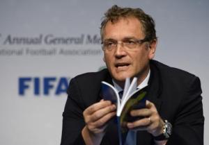 El secretario general de la FIFA, Jerome Valcke, habla en una conferencia de prensa el sábado, 1 de marzo de 2014, en Zurich, Suiza. (AP Photo/