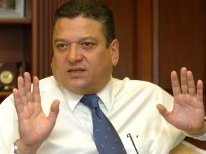 Candidato oficialista Johnny Araya se retira de la campaña presidencial