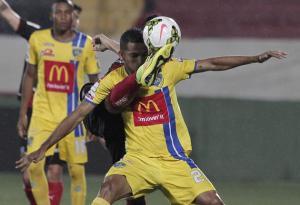 2014-08-29T031948Z_346933762_GM1EA8T0UZU01_RTRMADP_3_SOCCER-CONCACAF
