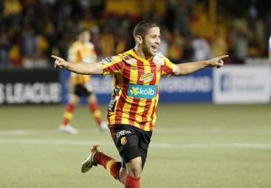 Elías Aguilar celebra su gol ante el Isidro Metapán.