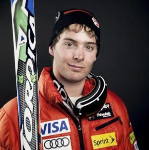 En esta foto proporcionada por la selección estadounidense de esquí, aparece Ronnie Berlack. El joven de 20 años y Bryce Astle, otro promisorio esquiador, fallecieron el lunes 5 de enero de 2015 debido a una avalancha en Austria (AP Foto